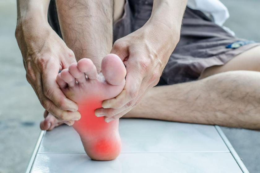 Ушиб стопы у физически активного человека